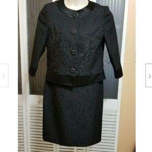 Tahari Ladies Beautiful Black Skirt Suit